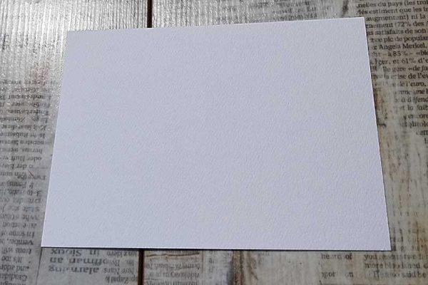 Papier mit Filzstruktur weiß